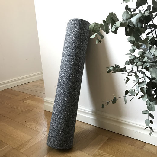 closed-loop yoga mats are way more sustainable than natural rubber yoga mats