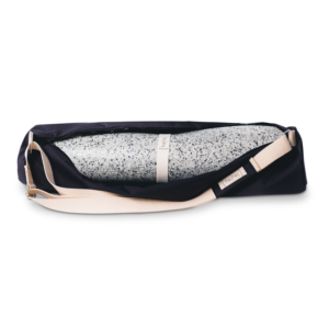 The hejhej-duo includes the hejhej-mat and the hejhej-bag.