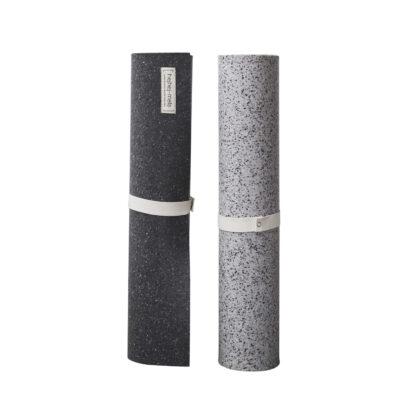 Die recycelten Yogamatten von hejhej gibt es jetzt als extra lange Yogamatte.