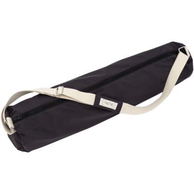 The picture shows the hejhej-bag: a waterproof yoga bag in the color gray-aubergine.